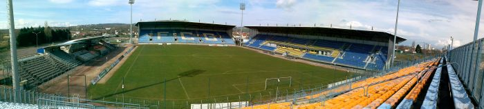 Panoramique stade Jean Laville Gueugnon Tribune Est www.FCGueugnon.fr